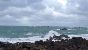 Шеф от издирването: Едва ли са живи, няма как да изкарат повече от час във водата