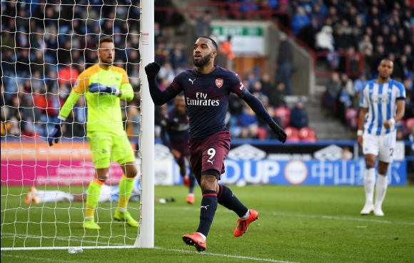 Арсенал не впечатли, но взе трите точки срещу аутсайдер (видео)