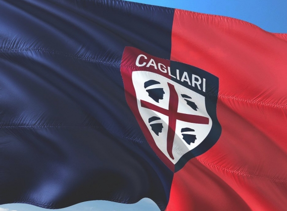 Шок за Десподов! Фермери залостиха отбора на Каляри пред очите на цяла Италия (видео)