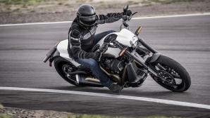 Учени потвърдиха, че карането на мотоциклет намалява стреса