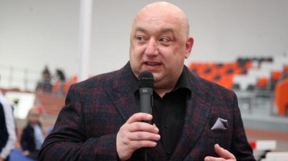 Красен Кралев и кметът на Стара Загора Живко Тодоров откриха ремонтираната лекоатлетическа зала