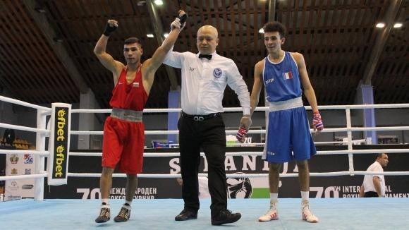 Даниел Асенов се класира за полуфиналите на турнира по бокс Странджа