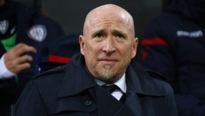 Треньорът на Десподов заплашен с уволнение