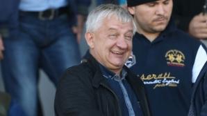 Крушарски се закани на Левски