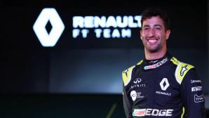 Рикардо подкара за първи път болида на Рено (видео)