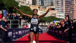 Швейцарец и холандка поставиха нови световни рекорди в шосейното бягане на 5 км