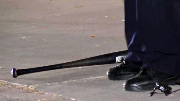 Полицията иззе две бухалки и бомбички от автобуси с феновете на Цюрих...