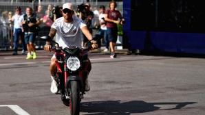 Хамилтън ще гостува на първия кръг от сезона в MotoGP