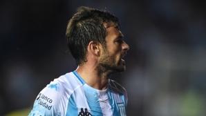 Бивш играч на Аякс отново измъкна лидера в Аржентина