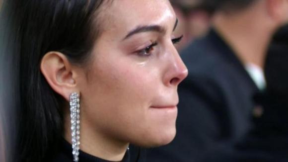 Прелестната Джорджина се разплака след хеттрика на Роналдо