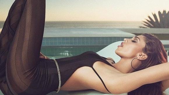 Белен Родригес блести в нова фотосесия по бански