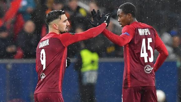РБ Залцбург изпоти Наполи, но се сбогува с Лига Европа (видео)