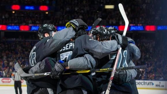 Алекс Килърн реализира първи хеттрик в НХЛ, Тампа Бей нанадви Вашингтон