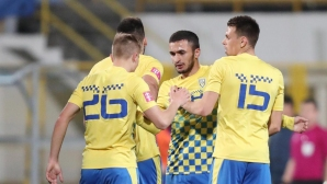 Бивш нападател на Славия герой за отбора на Боби Цонев