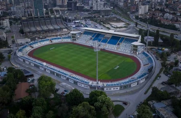 Разпродадоха стадиона в Прищина за