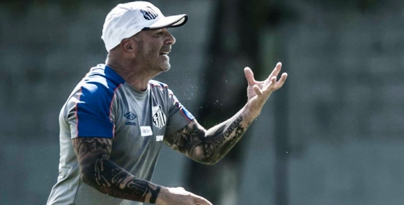 Сампаоли върна заплатата си в Сантос с знак на съпричасност с футболистите