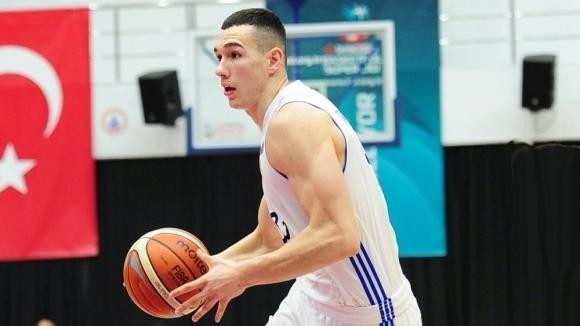 Йордан Минчев игра десет минути при загуба на Истанбул ББ