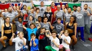 Братя Пулеви направиха открита тренировка с деца от българската общност в Ел Ей