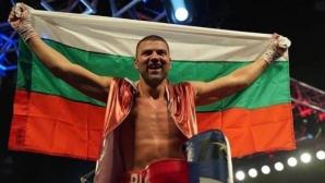 Трудна 13-а победа за Тервел Пулев на професионалния ринг (видео + галерия)