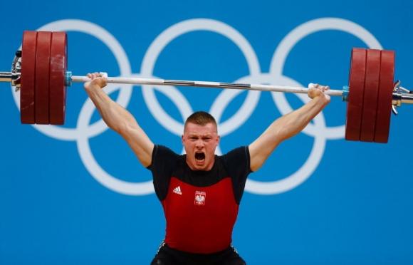 Вдигането на тежести остава в олимпийската програма и за Игрите в Париж...