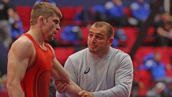Вангелов загуби схватката за бронз, Киров стигна до репешажите