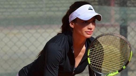 Ани Вангелова бие и на двойки в Тунис