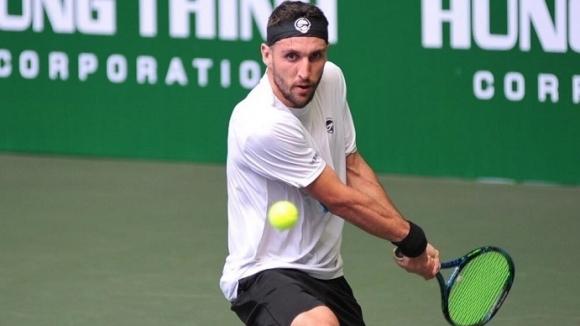 Васко Младенов преодоля първия кръг на турнир в Тунис