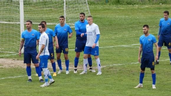 """Марица не успя да победи Левски (Карлово), 17-годишен титуляр за """"жълто-сините"""""""