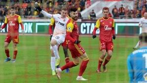 Костадинов сменен срещу отбора на Хичо (видео)