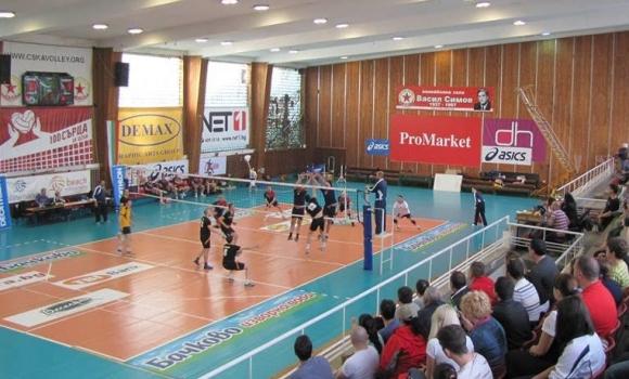 Мач за бронзовите медали в Б дивизия на Volley Mania между Звездовищата и Цунами! Гледайте ТУК!