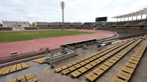 Кметът на Пловдив обединява клубовете в града за нов стадион