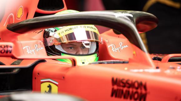 Мик Шумахер вероятно ще пропусне следващия Ф1 тест на Ферари
