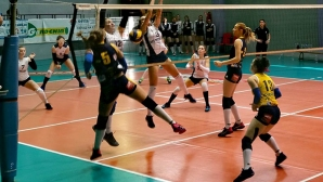 Марица U19 стартира финалите с категорична победа