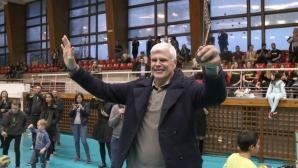 Легендата Димитър Златанов получи