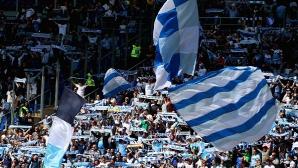 Скандално! Ултраси на Лацио обиждат играчи на Милан и възхваляват Мусолини (видео)