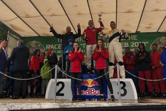 Влъчков с категорична победа в своя клас на планинско Гоце Делчев