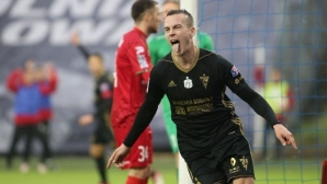 Провалил се в ЦСКА-София прави фурор в Полша