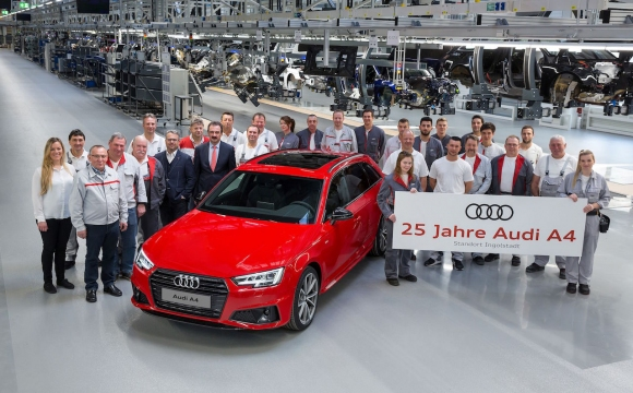Сребърен юбилей: Audi A4 стана на 25