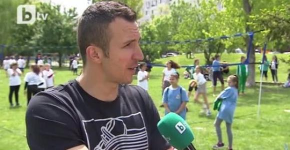 """Андрей Жеков и Боян Йорданов подкрепиха каузата """"НЕ На Агресията в училище"""" (видео)"""
