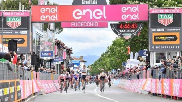Паскал Акерман спечели втория етап на обиколката на Италия