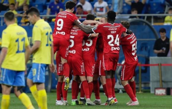 Попето и Ростов се провалиха в мача на истината