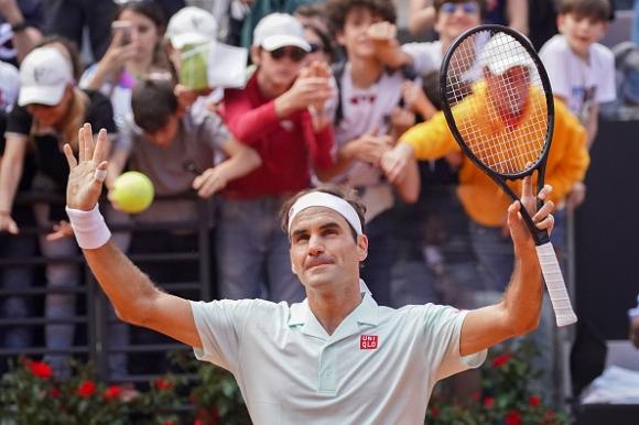 Федерер спаси два мачбола и отстрани Чорич в Рим