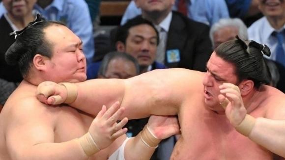 Аоияма успя да спре черната си серия в Токио