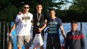 Антонио Иванов с две победи за 20 минути