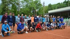 """В София започна лагер, част от проекта """"Тенисът и животът"""""""