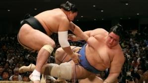 Поражение за Даниел Иванов на турнира по сумо в Токио