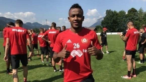 Колумбиец, не играл от шест месеца, пред завръщане в ЦСКА-София