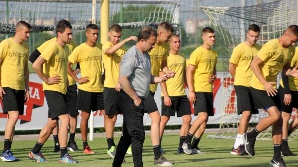 Ботев (Пд) смени съперник в контролите заради жребия за Първа лига
