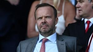 Уудуърд ще продължи да има тежката дума за трансферите в Юнайтед