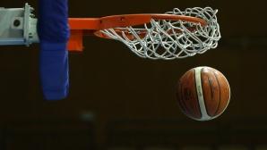 """Децата от баскетболната школа в Плевен вече имат своя площадка в парк """"Кайлъка"""""""